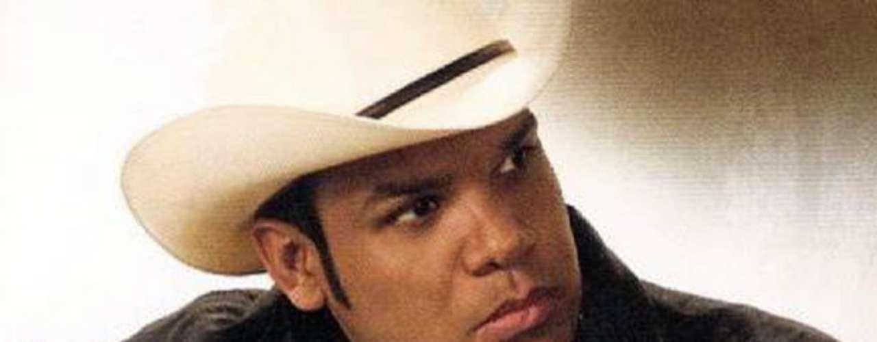 Chelo, la esposa de Marco Antoni Flores, el integrante de La Número 1 Banda Jerez recién liberado de un secuestro, relató la terrible experiencia que vivió por el cautiverio de su esposo a la página TvNotas.com. \