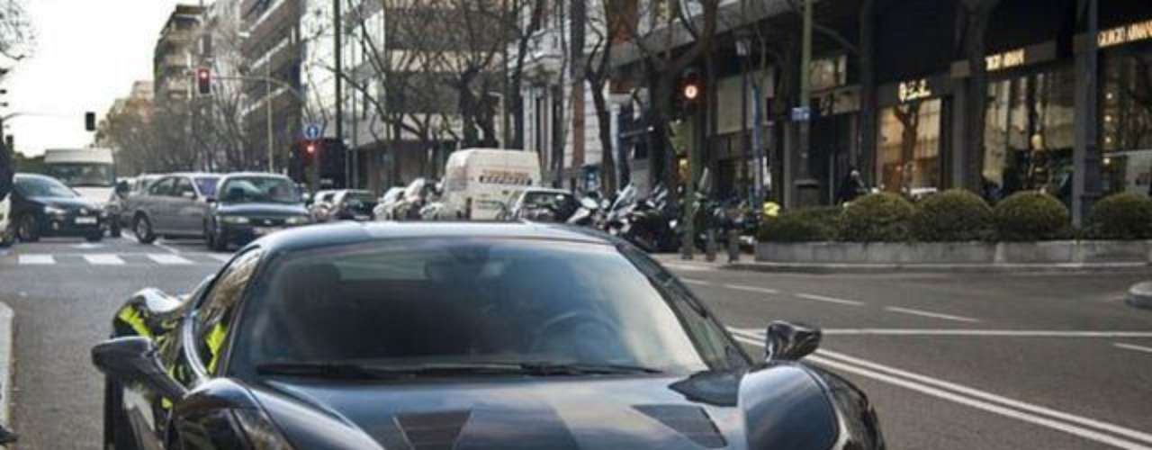 Real Madrid midfielder Mesut Özil is also a luxury car fan. His Ferrari 458 is valued at 220 thousand euros.