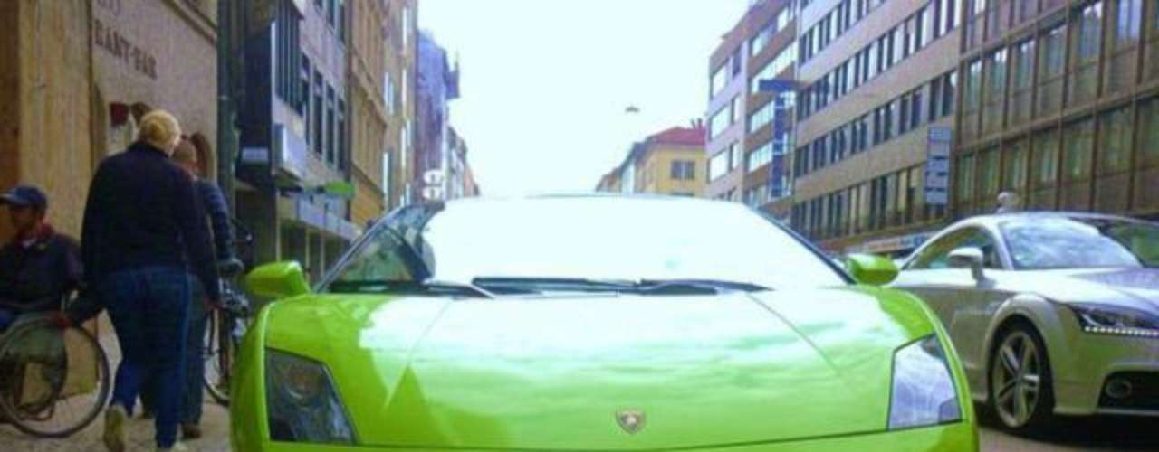 Frenchman Franck Ribery paid 200 thousand euros for this Lamborghini Gallardo LP560-4 Spyder.