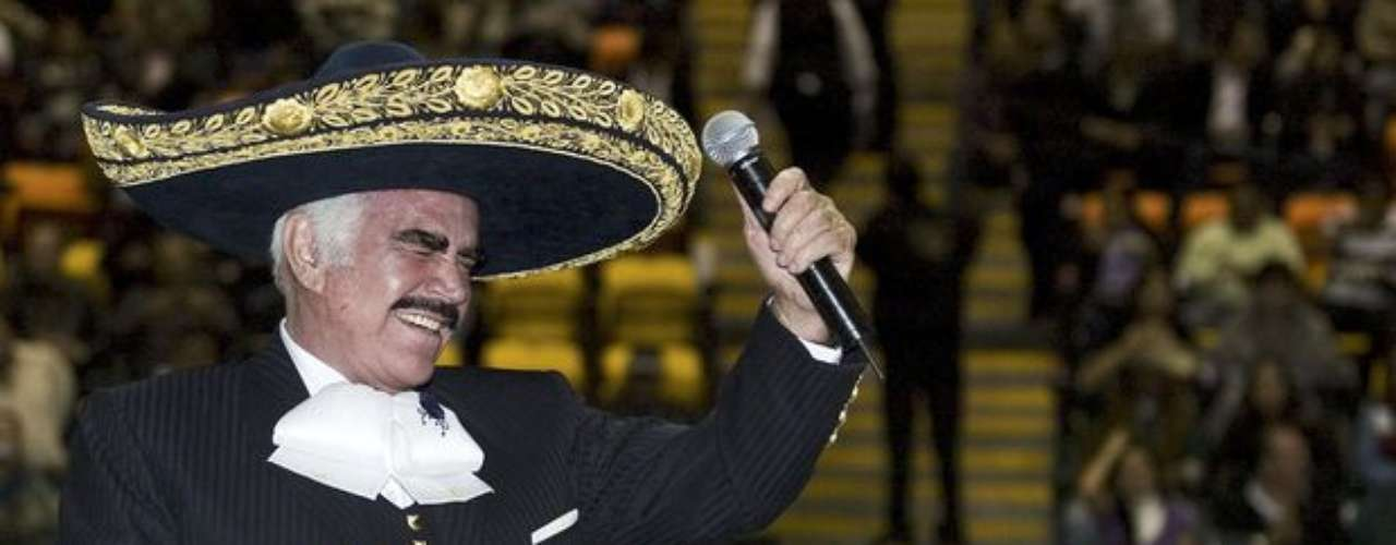 Vicente Fernández se despidió de su público en Guatemala, a pesar que una tormenta amenazó la realización del esperado concierto, reseñó la agencia Notimex. El \