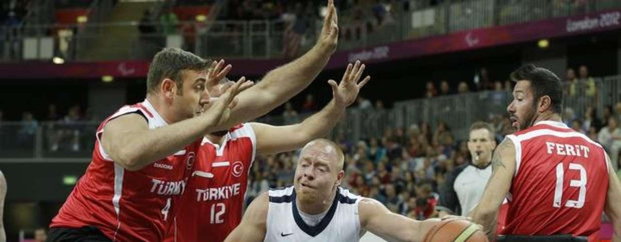 En la próxima jornada, Turquía jugará contra Australia.