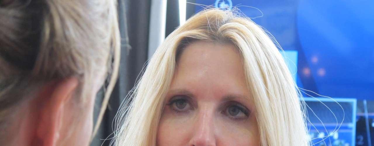 Otra que siempre levanta revuelo en el mundillo de la política es la colaboradora del canal Fox, Anne Coulter. Archiconservadora en sus posturas, Coulter es un bastión de la ultraderecha norteamericana que empalidece al Tea Party.