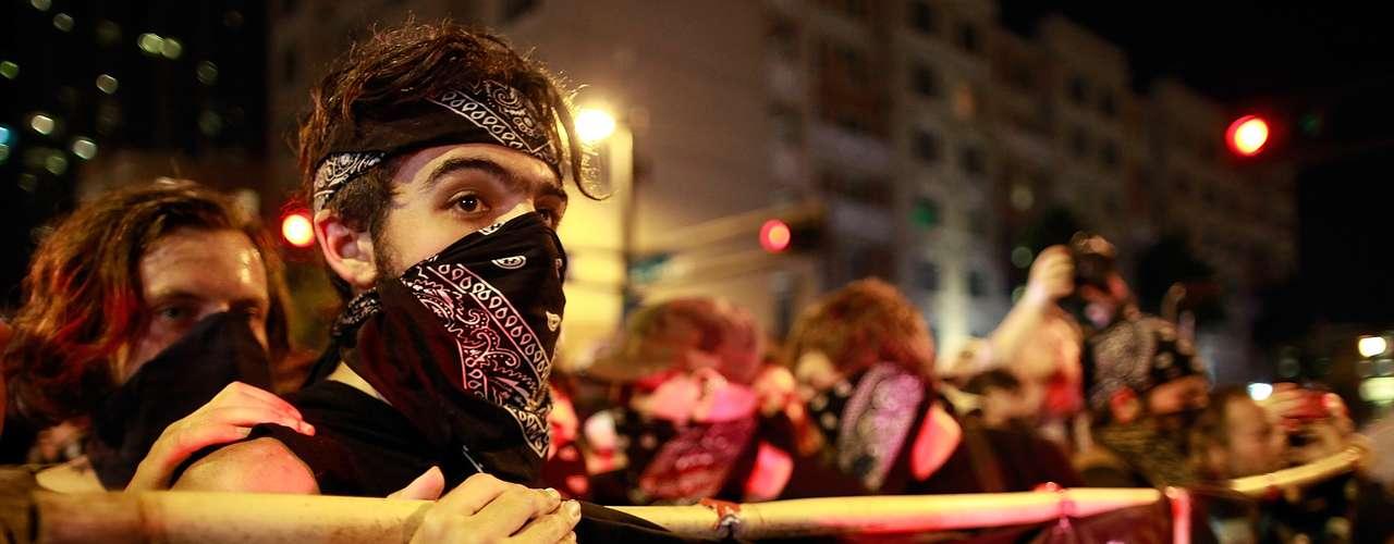 Según insistieron el sistema actual representa solo a los ricos del país, tal como lo han venido reclamando desde que comenzó Occupy Wall Street en Nueva York.