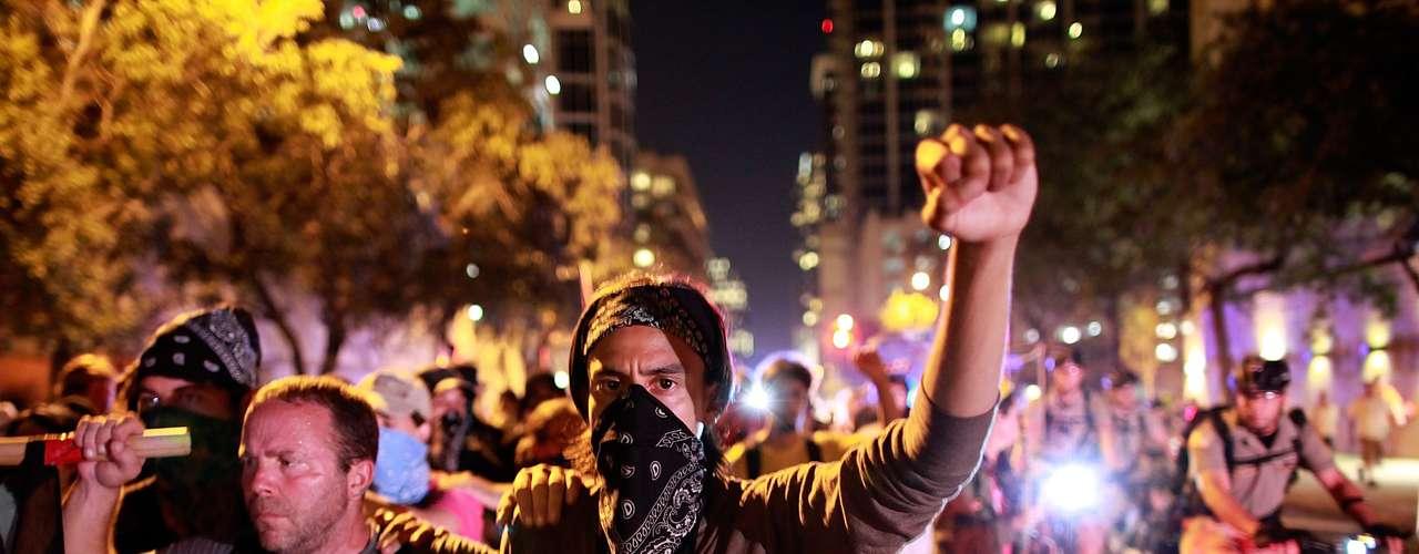 La mayoría de los presentes pertenecían al movimiento Occupy.