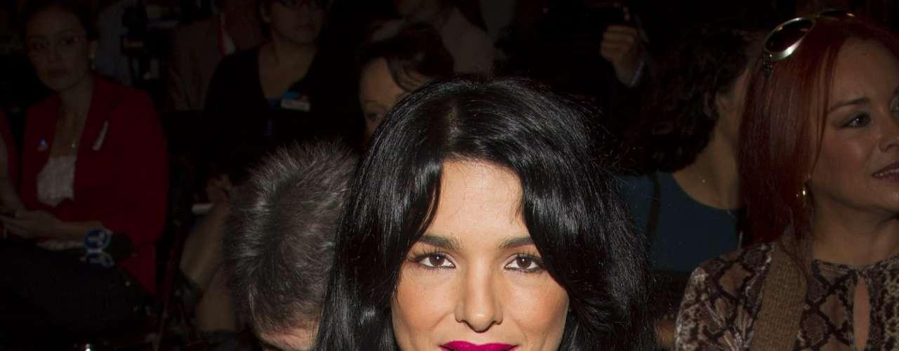 La actriz Mariana Ríos se convirtió en la víctima más reciente de los paparazzi, quienes la captaron en una posición bastante reveladora.