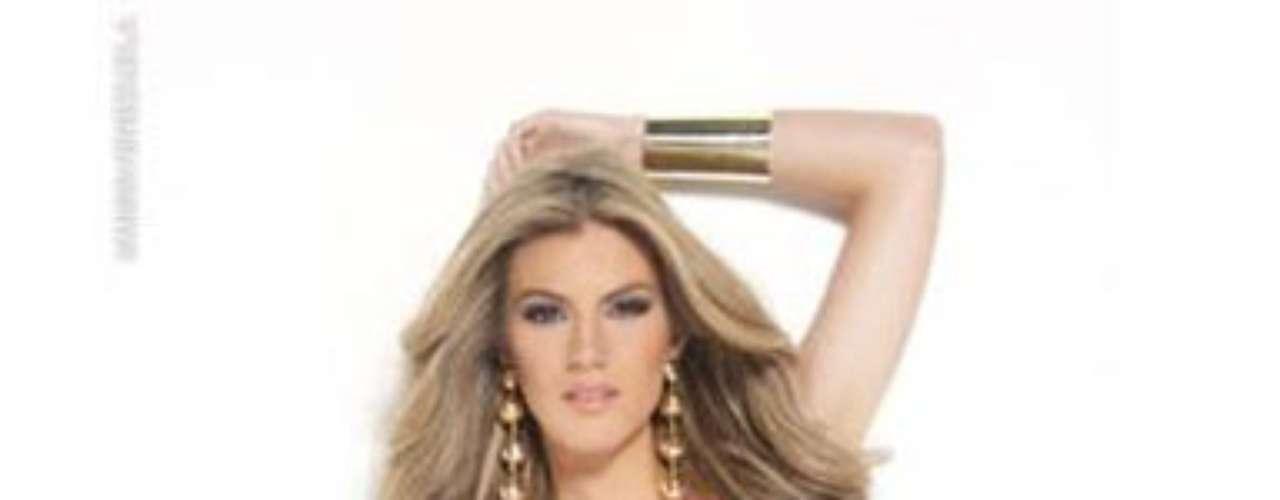 Miss Mérida. Ella es Claudia Baratta, tiene 23 años de edad, mide 1,73 metros de estatura y es abogada.