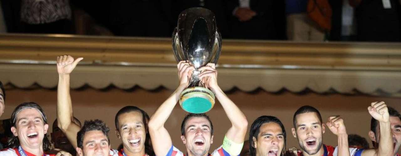 El Atlético de Madrid alza la Supercopa de Europa