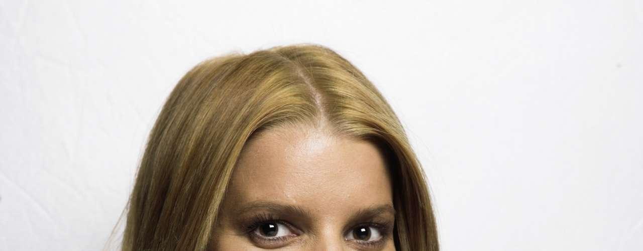 De Jessica Simpson, Mayer dijo era su adicción sexual. \