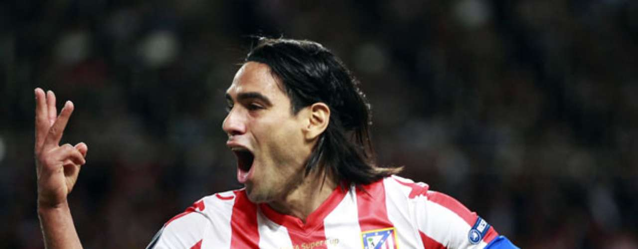 Falcao celebra su tercer gol