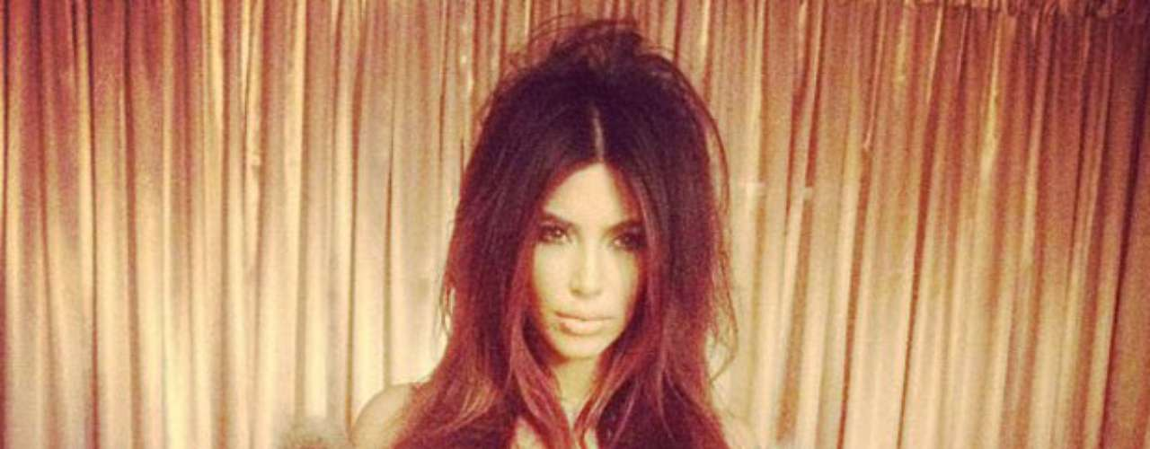 El pasado 27 de agosto, la mayor de las Kardashian compartió una imagen de la sesión de fotos que estaba realizando en este momento.