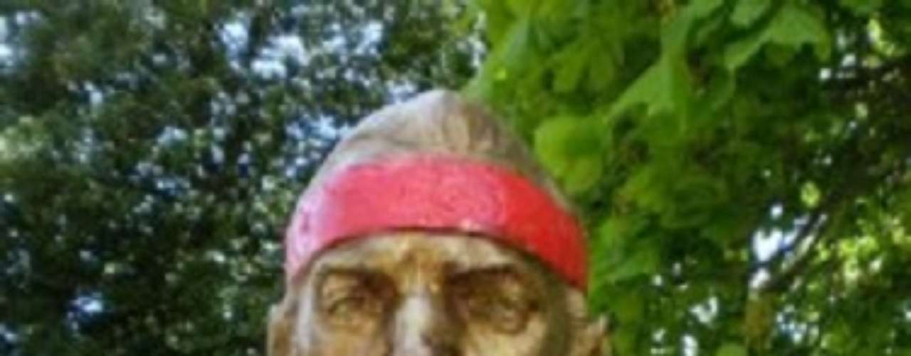 Bruce Springsteen. La figura del músico se encuentra ubicada cerca de su casa, en el parque Kennedy de Asbury Park.