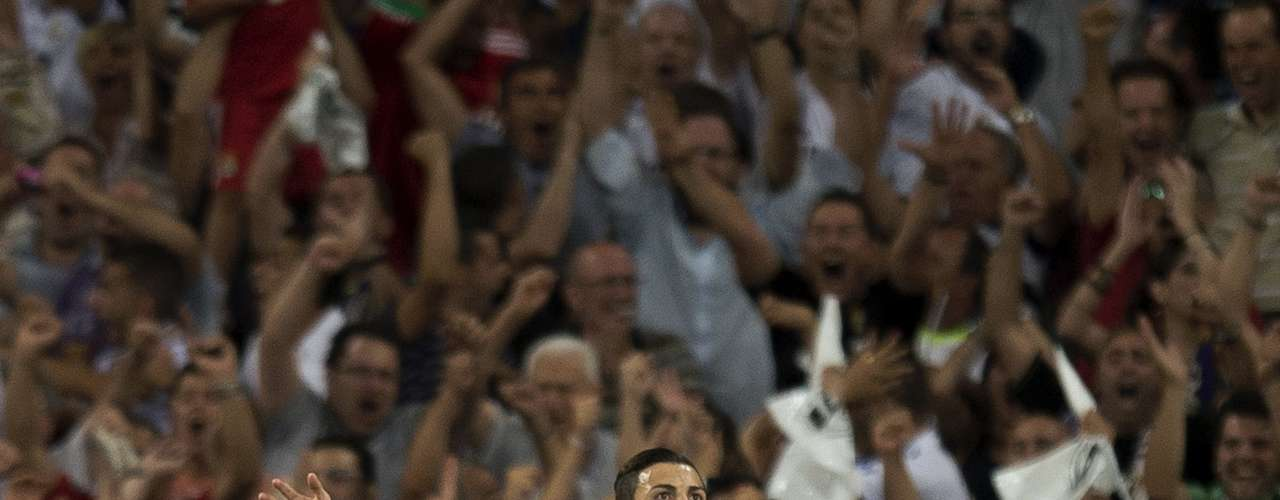 He did not celebrate effusively his goal vs Barcelona on the second leg of the Supercup
