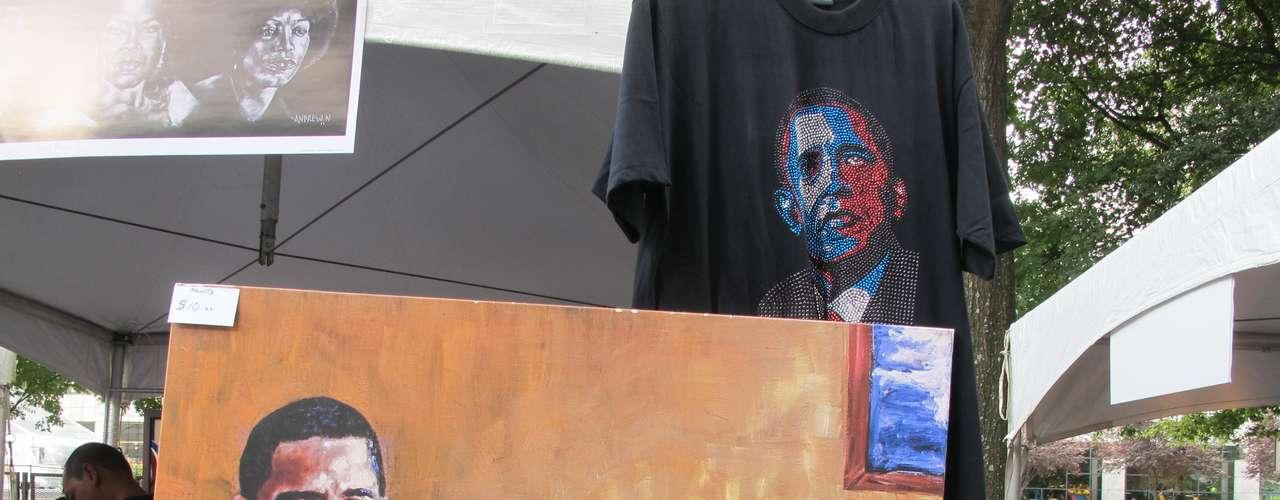 Obama es motivo de arte. Y para muestra basta este puesto de venta con cuadros y murales basados en el presidente demócrata.