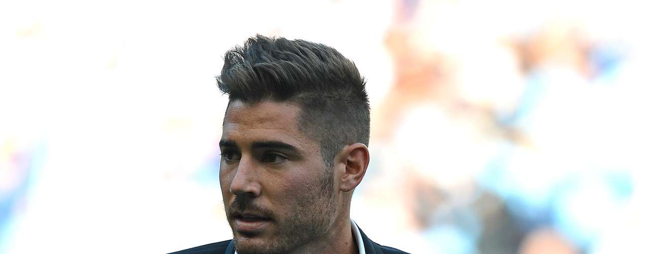 Despite not yet starting a game for Manchester City, Javi Garcia is already causing ripples in the league after signing a huge contract to join the Premier League.