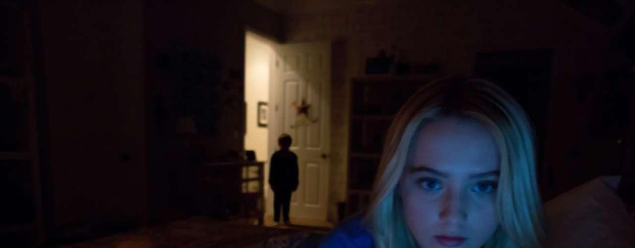 Actividad paranormal 4: Una familia es atacada por seres malignos, sin posibilidad de escape - Estreno, 19 de octubre (Internacional)