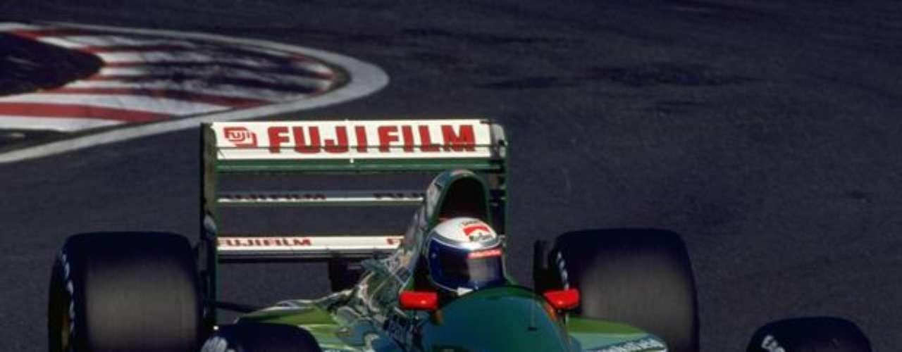 Alessandro Zanardi, actualmente con 45 años, debutó en la Fórmula 1 en 1991, por el equipo Jordan, tras tener un gran año en la Fórmula 3000, categoría tradicional de formación de pilotos para la principal categoría del automovilismo mundial.
