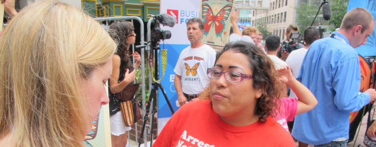 Miembros de la prensa local pudieron hablar con los activistas que hicieron escuchar sus voces.