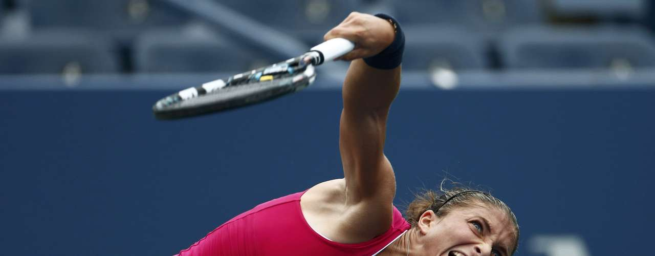Sara Errani of Italy beat her compatriot Roberta Vinci in the other women's quarterfinal played early on Wednesday. REUTERS/Eduardo Munoz