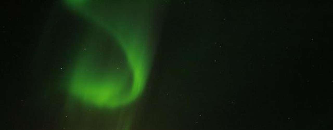 Esta Imagen muestra el fenómeno en un observatorio en Fairbanks, en el Estado americano del Alasca.