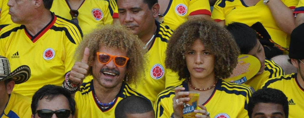 El 'Pibe' Valderrama estuvo en las tribunas, demostrando buena energía y optimismo. La leyenda del fútbol colombiano vaticinó que su selección ganaba 2-1. Menos mal se equivocó y fue un 4-0.