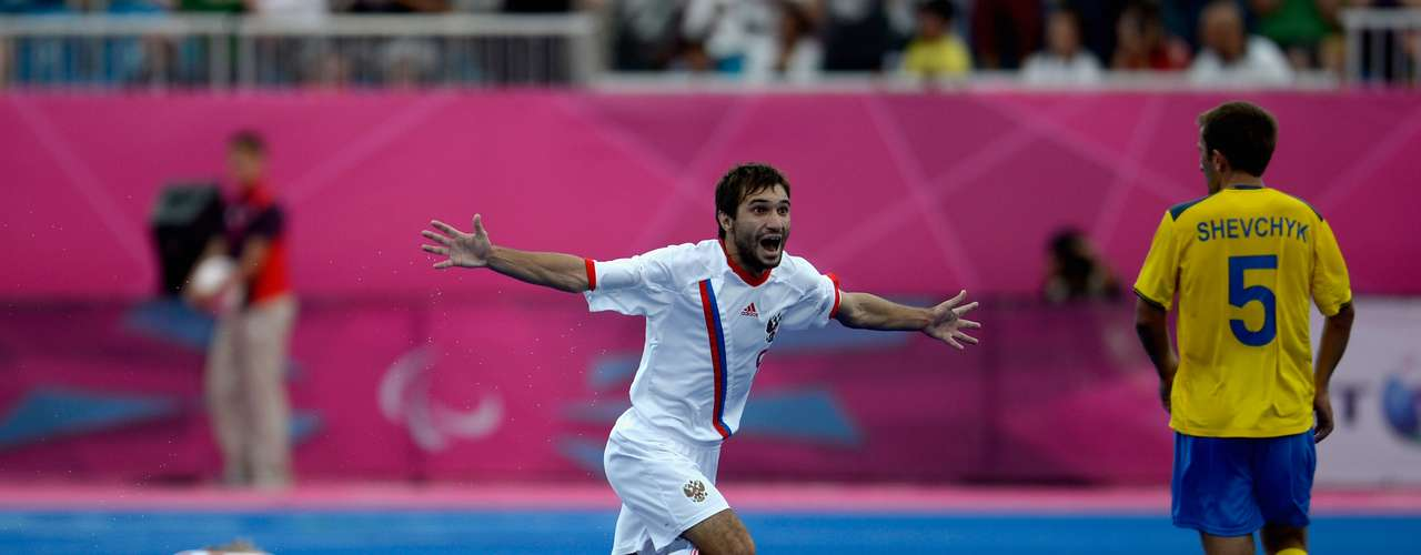 Eduard Ramonov fue el encargado de anotar el gol del triunfo de Rusia.