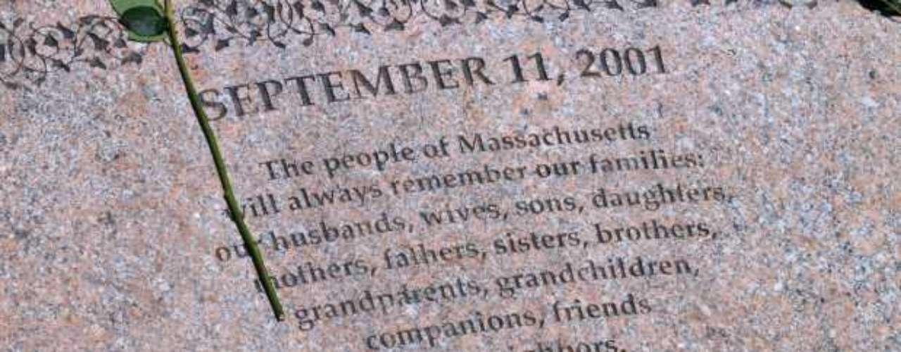 Desde el 11 de septiembre de 2001, ni Estados Unidos ni el mundo son lo que eran. La paz en el mundo sufrió un golpe durísimo, pero aún, toda la humanidad espera que alguna vez, ya no haya guerras, ni muertos, ni odio.