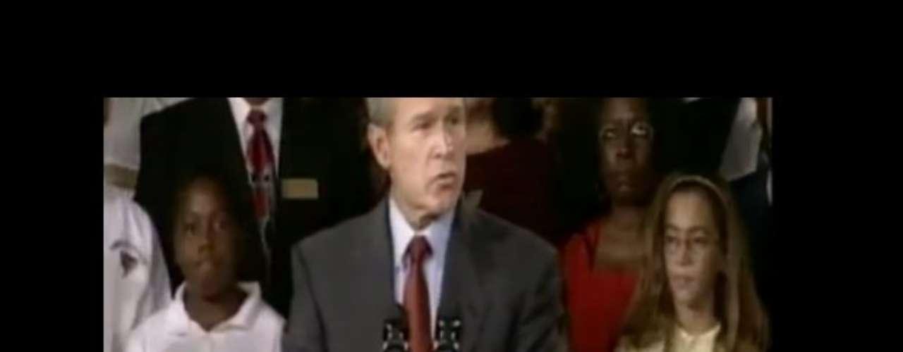 09:30:00 - Bush promete investigar en su primera declaración.