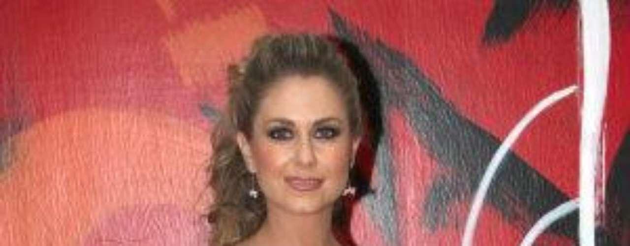 La protagonista de la dulce novela de Televisa titulada \