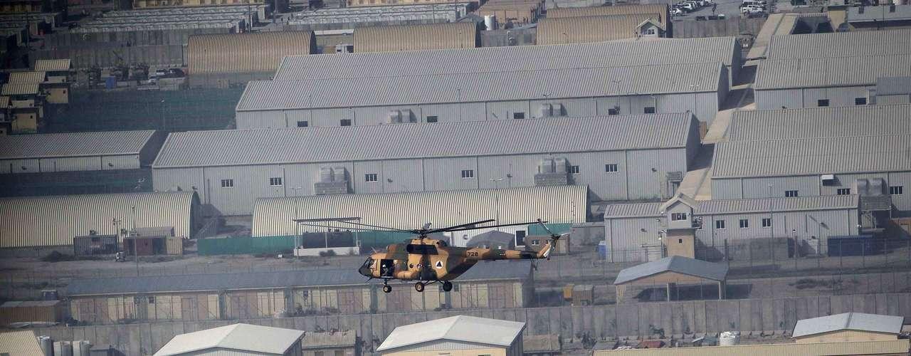 Estados Unidos transfirieron más de 3.100 prisioneros a las autoridades afganas en la prisión de Bagram creada hace una década por las fuerzas norteamericanas, indicó un alto responsable de la policía afgana.