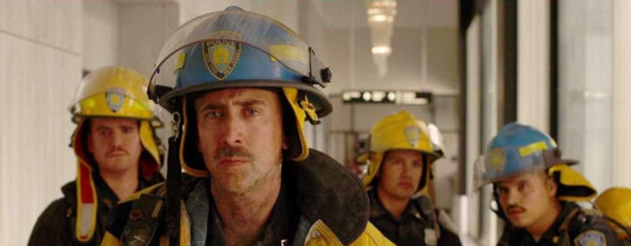 World Trade Center (2006). Cinta de Oliver Stone con la actuación de Nicolas Cage y Jake Gyllenhaal.