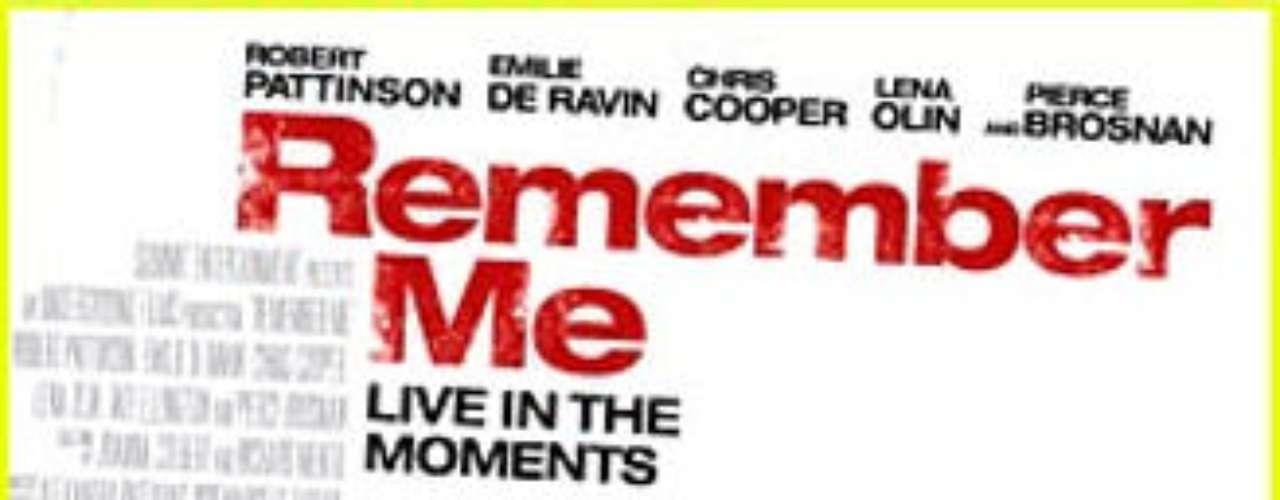 Recuérdame (2010). Película que cuenta los estragos del atentado en una familia años después. Con Robert Pattinson y Pierce Brosnan.
