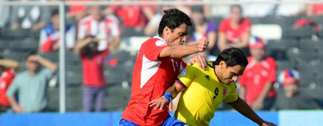 Falcao tuvo uno de sus mejores partidos con Colombia, las opciones que generó el equipo fueron demasiadas y siempre estuvo presente el goleador colombiano, se encargó de marcar el segundo gol tras un gran pase de Aldo Leao Ramírez