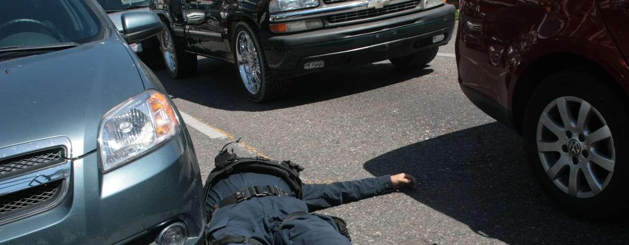 En Noviembre de 2011, el grupo de Los Zetas refuerza su plaza en San Luis Potosí, en el muncipio de Soledad De Graciano Sánchez, siendo el ancla para reclutar personal usando a la Policia Estatal, Municipal, y Ministerial.