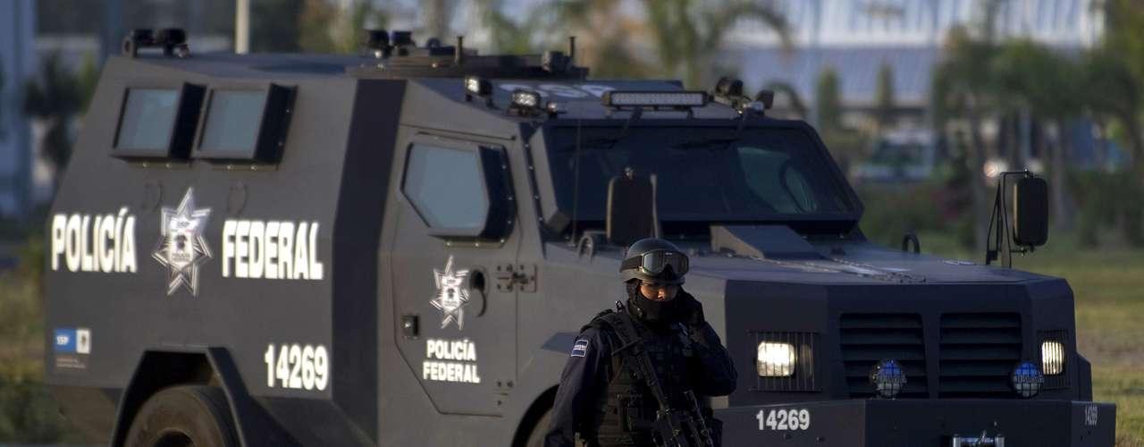 Inicialmente Los Zetas estaban aliados al Cartel del Golfo, aunque ya se separaron. Actualmente tienen una alianza con el Cártel de Juárez.