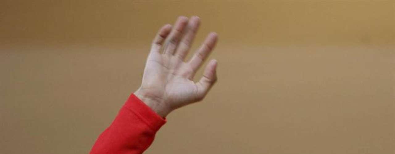 Alberto Contador, reciente ganador de la Vuelta Ciclista a España, estuvo cerca de perder la vida en 2004, año en que se convulsionó al caer durante una de las etapas de la competencia ibérica. A raíz del golpe se le detectó una malformación vascular en el cerebro (cavernoma), por lo que fue intervenido quirúrgicamente. Sin embargo, su fortaleza física lo sacó adelante y ahora está en las pistas corriendo a su máximo nivel.