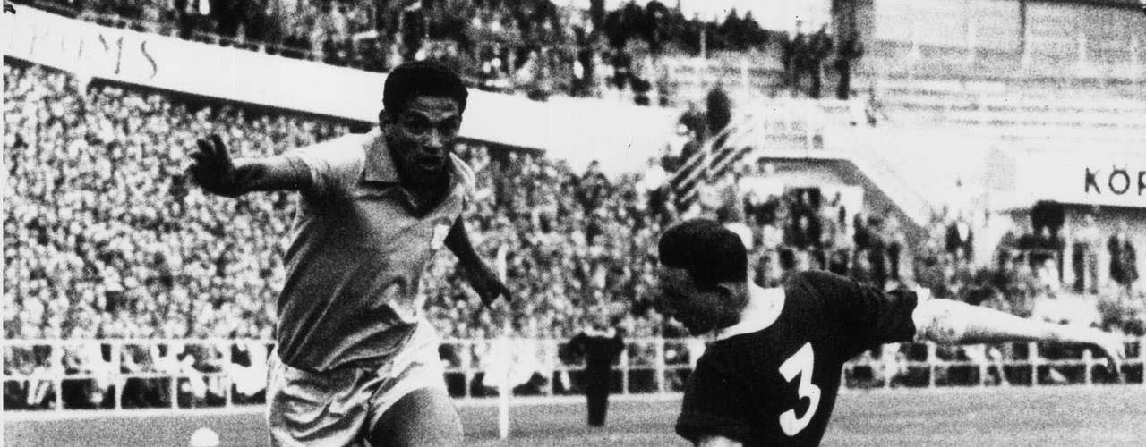 'Garrincha', gran futbolista brasileño era \