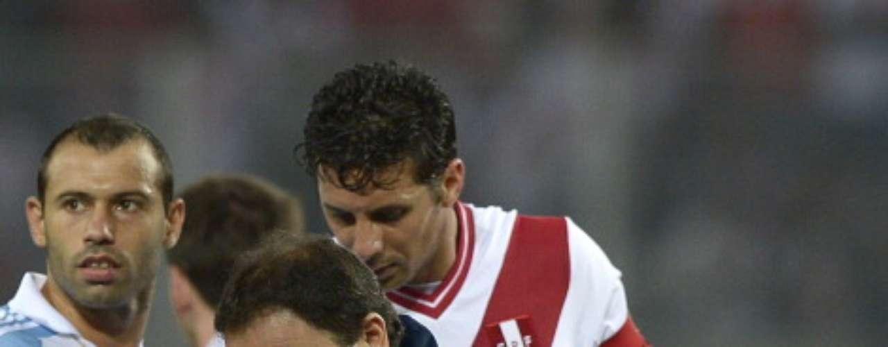Un golpe en la cabeza que recibió Gago, lo sacó del partido y aunque no fue de gravedad si fue un hecho importante en la fecha eliminatoria