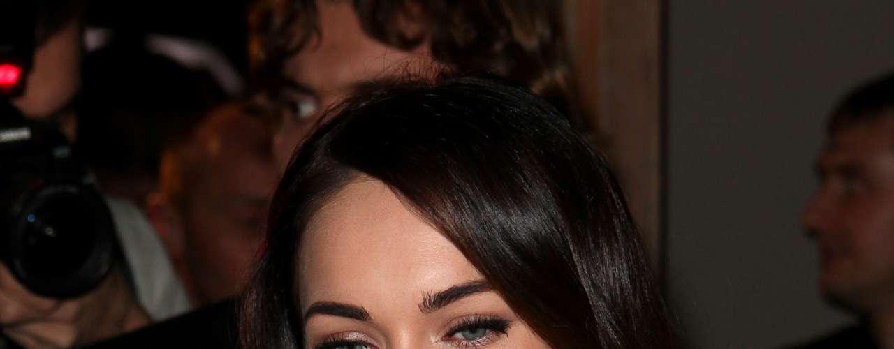 Megan Fox ocupa el sexto lugar. Actualmente aparece en las noticias por su embarazo con su esposo Brian Austin Green.