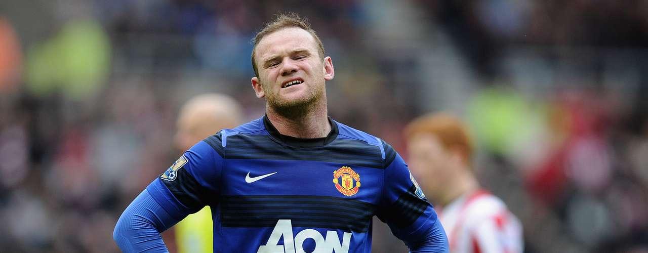El Manchester United, por ejemplo, no conserva los tradicionales rojo, blanco y negro en todos los uniformes. El tercer modelo del equipo inglés se escapa de esa paleta de colores y toma el azul y el negro.