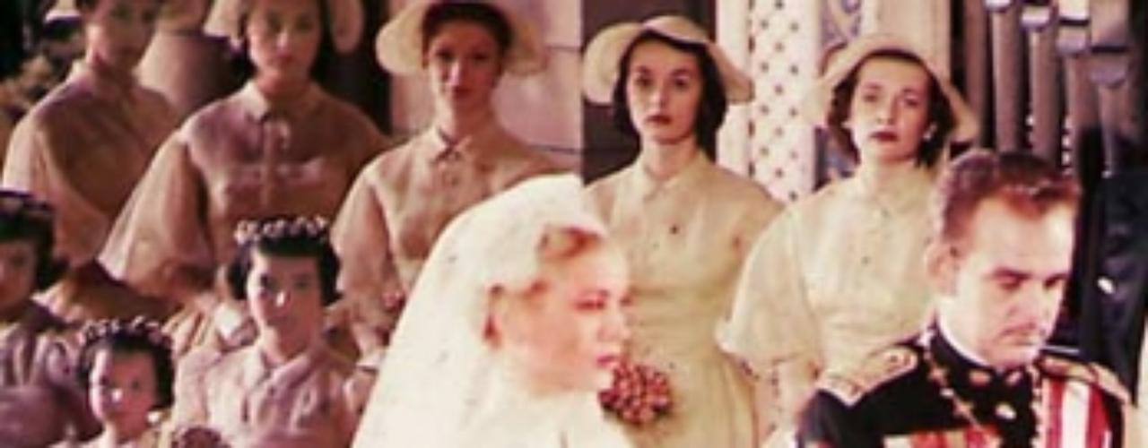 El Cisne (1955) y Alta sociedad (1956) fueron las películas que pusieron fin a la carrera cinematográfica de la actriz, que el 19 de abril de 1956 contrajo matrimonio religioso con Raniero III en la Catedral de San Nicolás (un día antes celebraron el enlace civil).