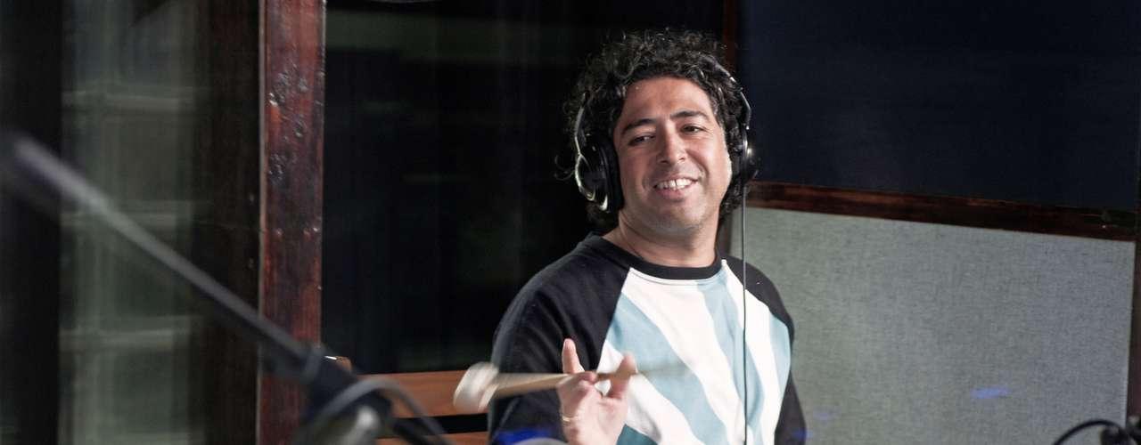 El pasado martes 11 de septiembre, Manuel García estuvo grabando una nueva versión de la canción Los Momentos, escrita por el reconocido cantautor Eduardo Gatti. Con este tema, Garcia se hace presente en la campaña #lacarreramasdificildelmundo que muy pronto dará a conocer sus objetivos.