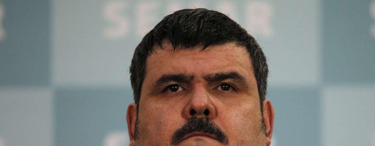 Septiembre 13:  Elementos de la Armada de México capturaron en el nororiental estado de Tamaulipas al presunto líder del cartel del Golfo, Jorge Eduardo Costilla Sánchez, alias 'El Coss', informaron fuentes oficiales.