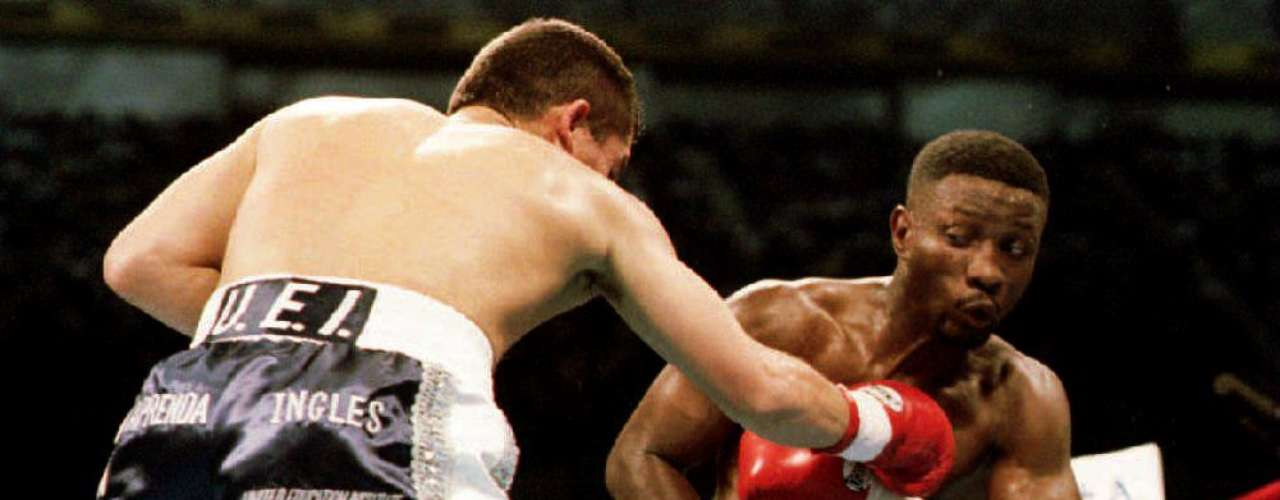 September 10, 1993: Pernell Whitaker dented Chavez' impeccable record with in improbable draw.