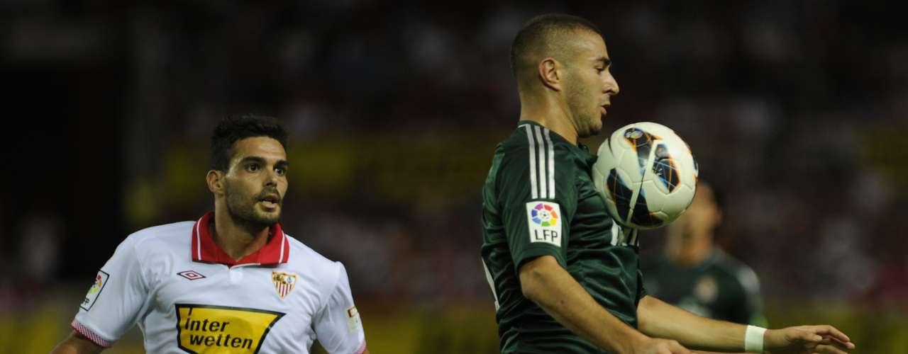 Karim Benzema continua en una mala racha, al no anotar un tanto desde el mes de mayo.