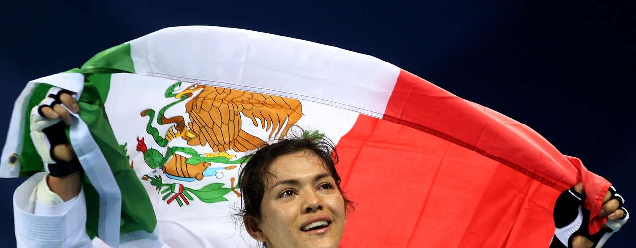 María del Rosario Espinoza.- taekwondoín mexicana ganó su primera competencia en taekwondo en el 2003, en el Campeonato Panamericano de la Juventud en Río de Janeiro. Ganó el Campeonato Mundial de Taekwondo de 2007 en la categoría de -72 kg al derrotar a Lee In-Jong y también ganó la medalla de oro en los Juegos Panamericanos de 2007. Obtuvo la medalla de oro en la categoría Mujeres hasta 73 kg en los Juegos Centroamericanos y del Caribe 2010, entre otros. Recientemente ganó la medalla de bronce en Londres 2012.