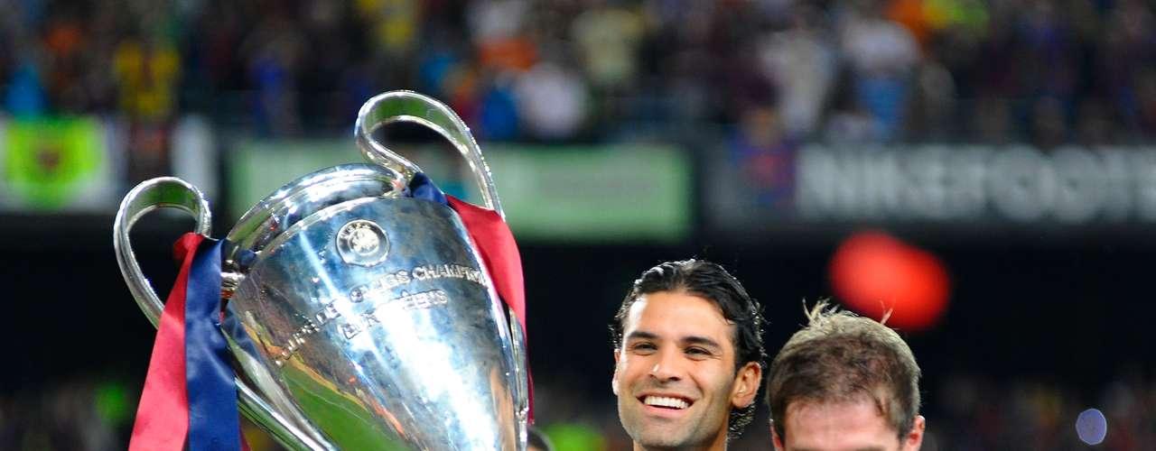 Rafael Márquez.- con el Barcelona lo ganó todo. Con la selección mexicana, ha participado en Copa América (1999, 2001, 2004 y 2007), en la Copa de Oro de la CONCACAF 2003, 2007 y 2011, en la Copa Mundial de Futbol de Corea y Japón de 2002, en el Mundial de Alemania 2006, en la que consiguió marcar un gol ante Argentina en octavos de final y en Sudáfrica 2010, donde anotó en el partido inaugural del torneo contra Sudáfrica. Consiguió proclamarse campeón de la Copa FIFA Confederaciones 1999 y de la Copa de oro 2003 con la selección.
