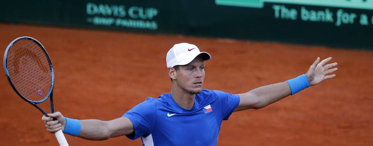 Berdych kept his cool and won the first point for his country. REUTERS/Marcos Brindicci