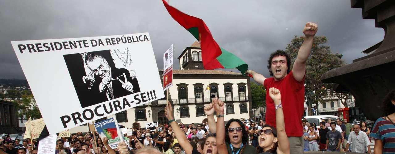 Las protestas reunieron a decenas de miles de personas en las principales ciudades del país bajo el lema \