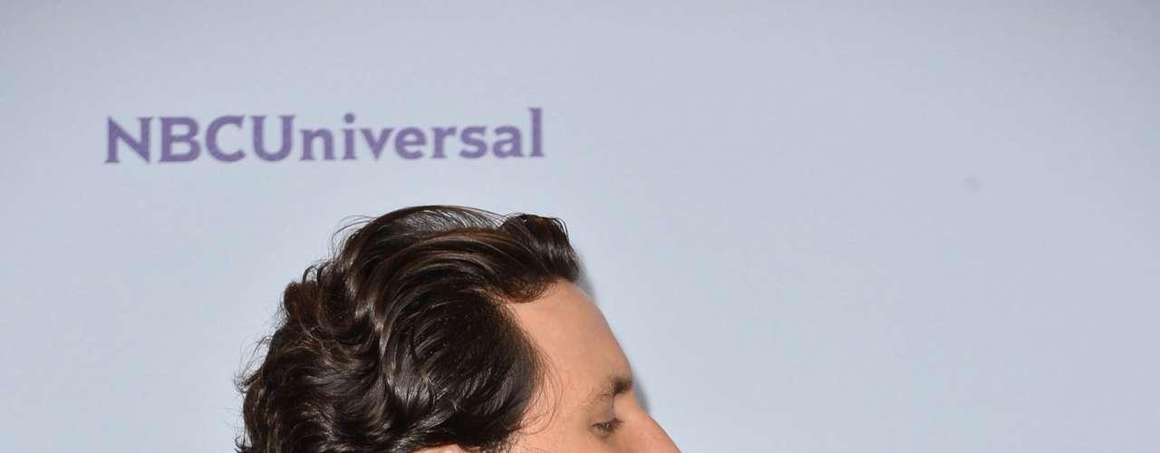 El guapísimo actor venezolano Edgar Ramírez se alzó con el premio ALMA por ganar en la categoría de Mejor Actor de reparto por 'Wrath of the Titans'. Ramírez, quien también ya fue nominado al Golden Globe, fue uno de los más agradecidos de la ceremonia.