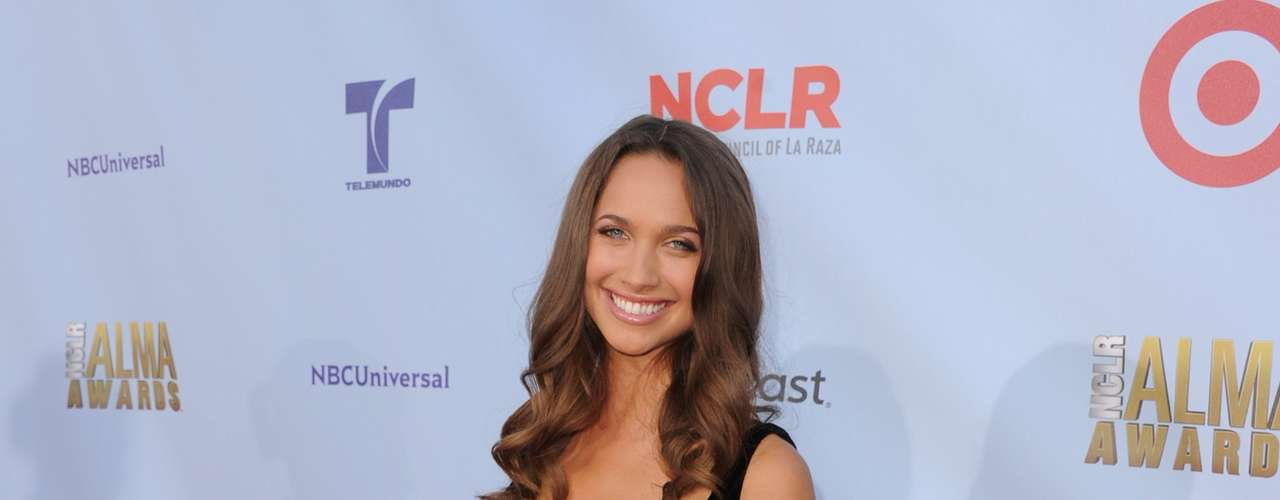 Maiara Walsh looks like she is enjoying her time at the 2012 NCLR Alma Awards. Fashion HIT!